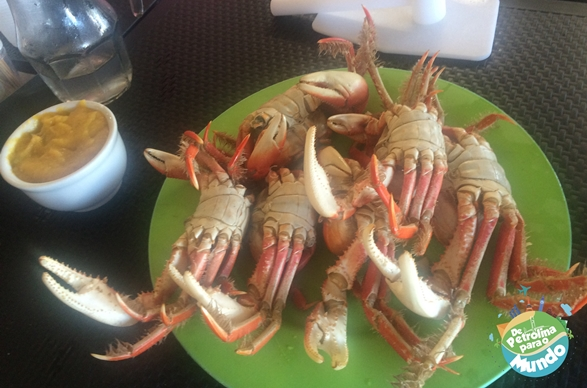 Em Aracaju, tem que comer Caranguejo!